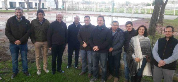 LA PROVINCIA ENTREGO UN APORTE DE 100 MIL PESOS PARA DOS DISCIPLINAS DEL CLUB SANJUSTINO.