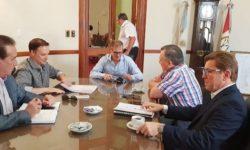 SENADORES DEL FRENTE FUERON RECIBIDOS POR EL MINISTRO DE GOBIERNO, ESTEBAN BORGONOVO.